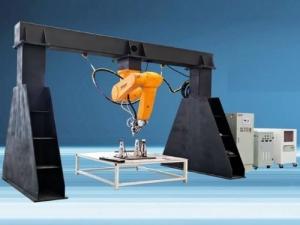 3D-Робот GOLDEN LASER для лазерной резки и сварки металла